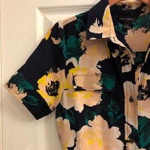 Bold floral maxi dress 🌸🍃 Like new